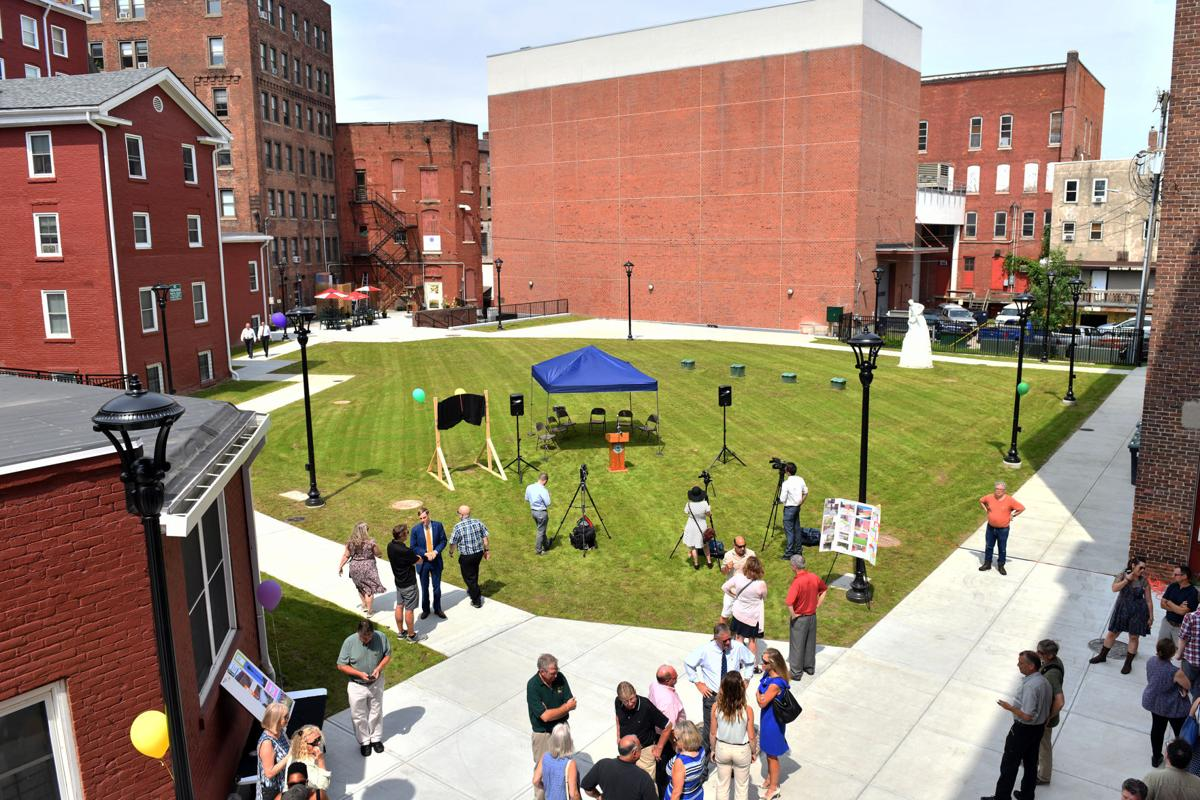 Center Street Alley project complete