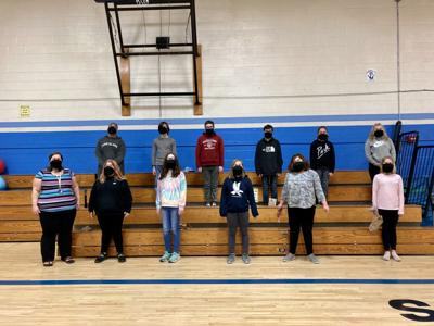 Chorus students rehearse together