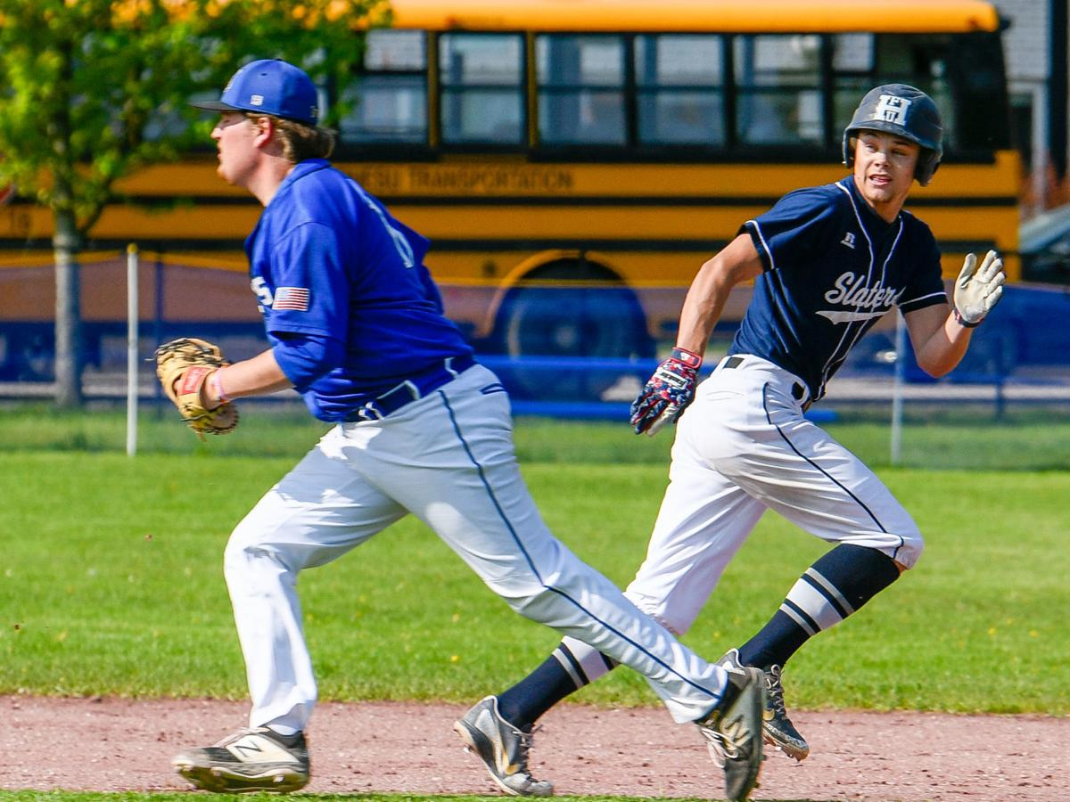 Otters slip Slaters, secure top seed