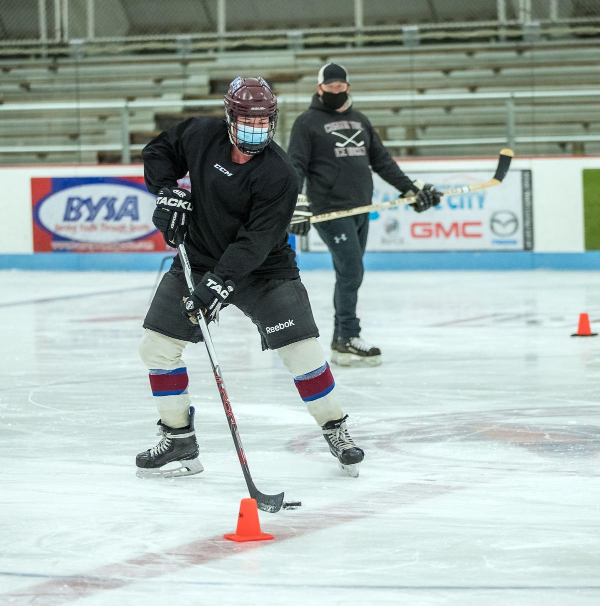Spaulding hockey 2.jpg