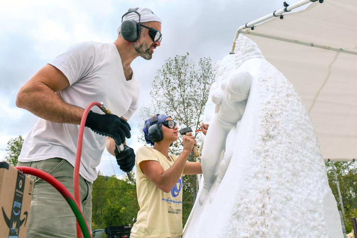 20180921_rhd_local_shaheen_carving_andrea_lawrence_Statue.jpg
