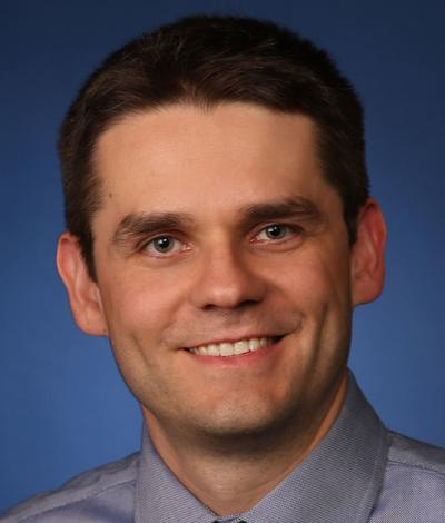 Dr. Darius Seidler