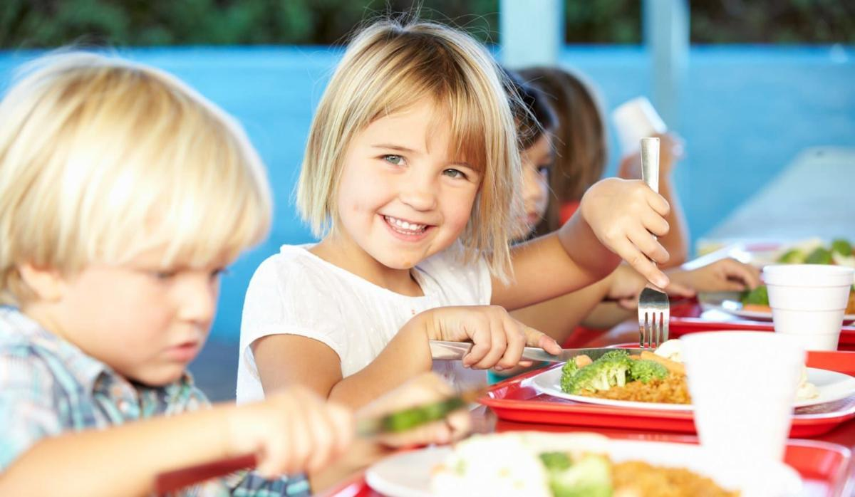 In A School Lunch Rut? Here's What Nutritionists Pack For Their Own Kids