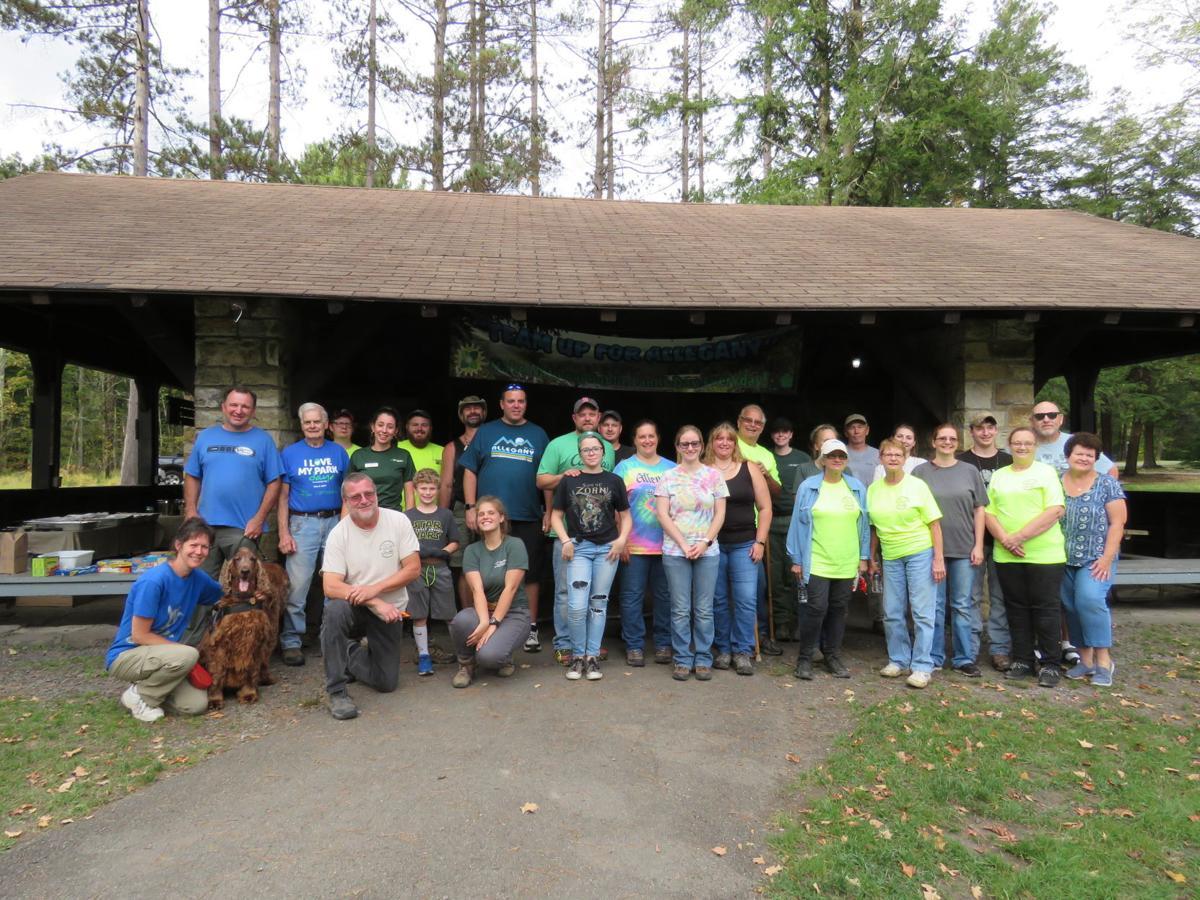 Nat. Public Lands Day-volunteers.jpg