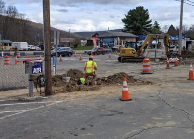 Two businesses evacuated during natural gas leak on Broad St.