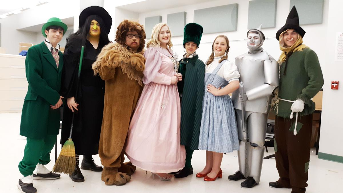 Salamanca Drama Club performs 'Wizard of Oz' for Ozians and Munchkins alike leads