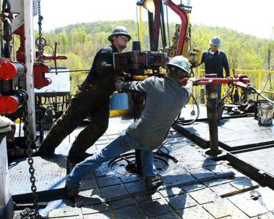 Fracking pioneer files for bankruptcy protection