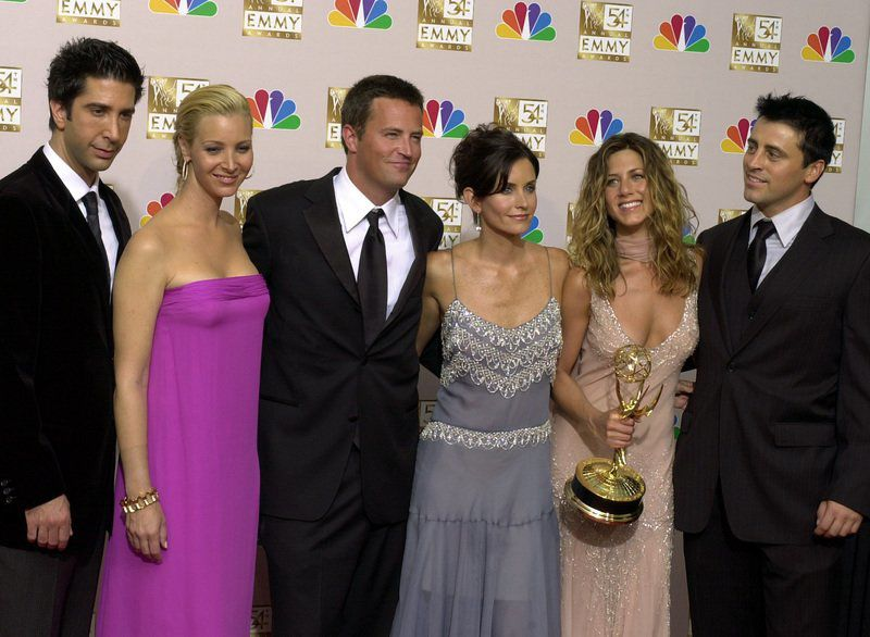 'Friends' frenzy: Fans couldn't BE any more excited for show's 25th anniversary