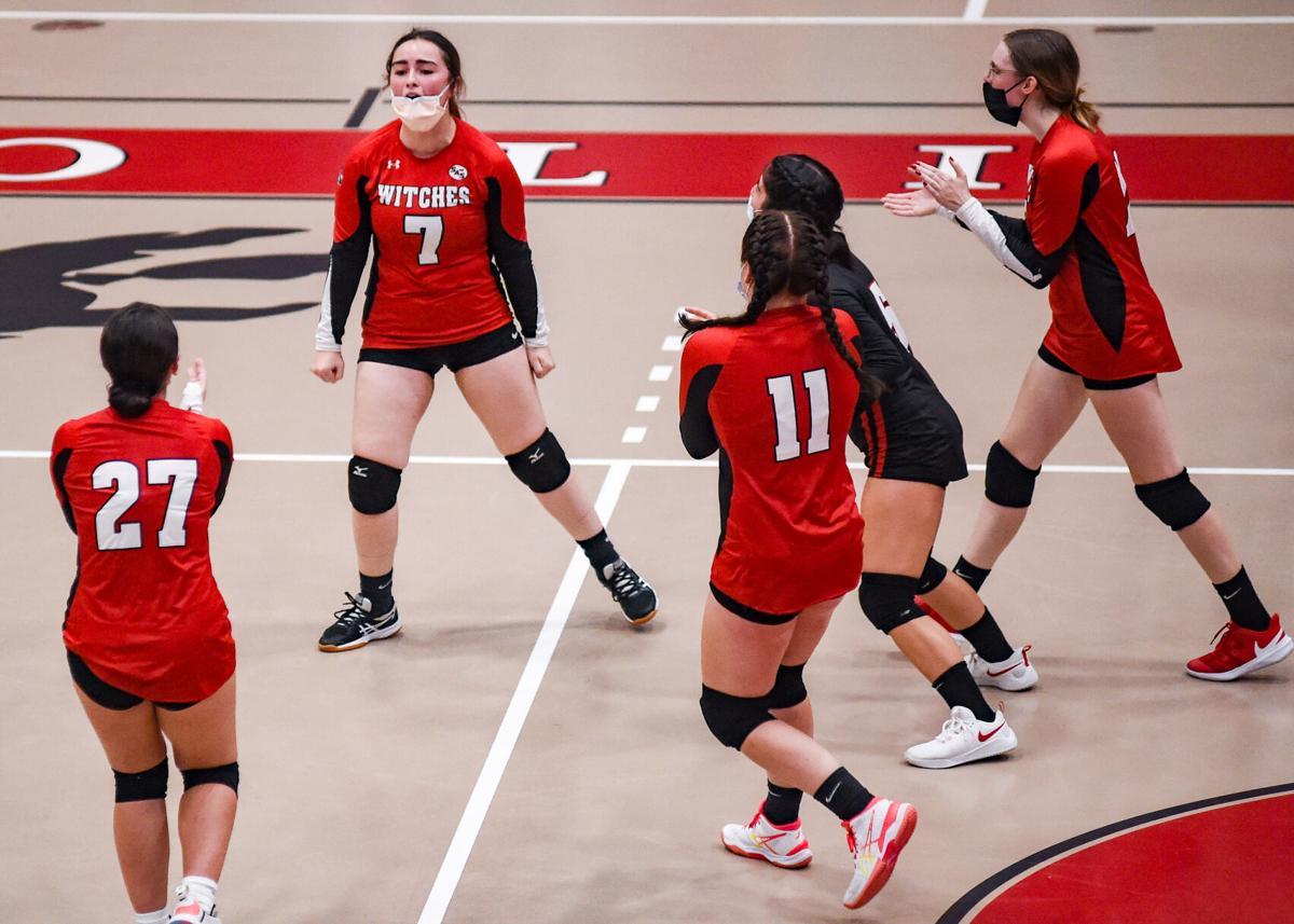 Salem High girls varsity volleyball vs. Greater Lawrence