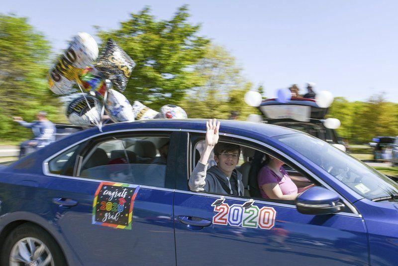 Peabody High seniors celebrate last day with car parade