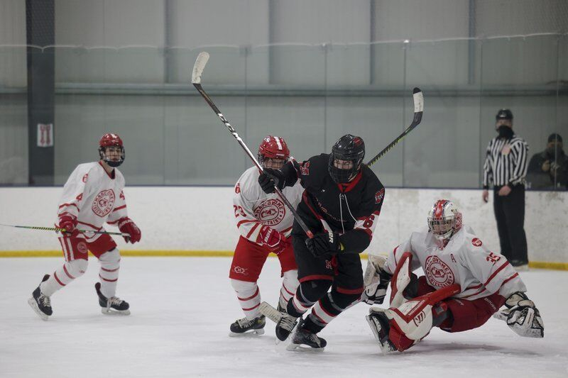 Masconomet holds off Marblehead to claim a share of NEC hockey crown