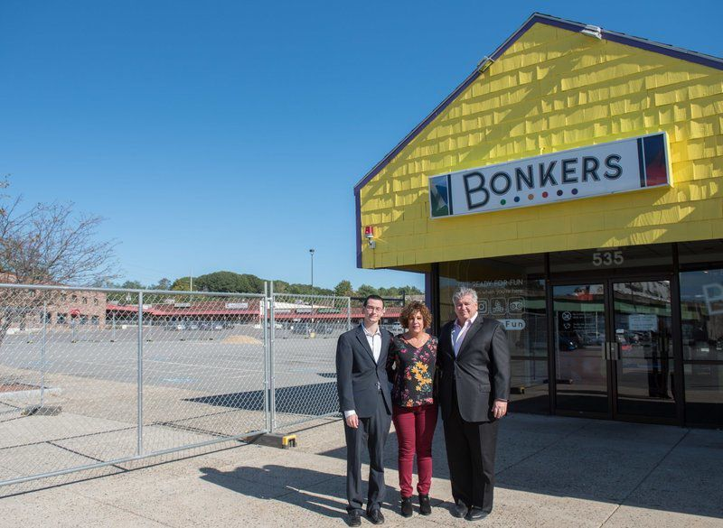 Entertainment center to open at former Bonkers plaza | Local News |  salemnews.com