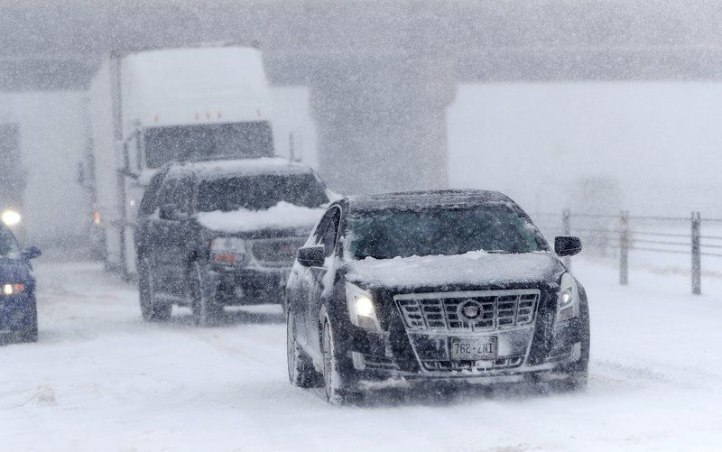 Late-winter storm hits Midwest after paralyzing Colorado