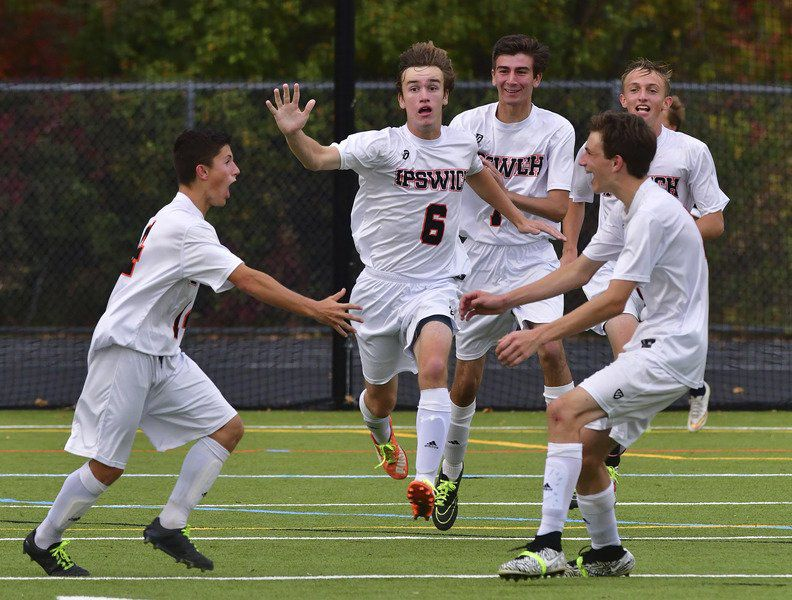 McCormick's late strike lifts Ipswich over H-W