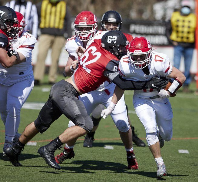 Doody's 3 TD catches keep Marblehead unbeaten, give Rudloff 100th coaching win