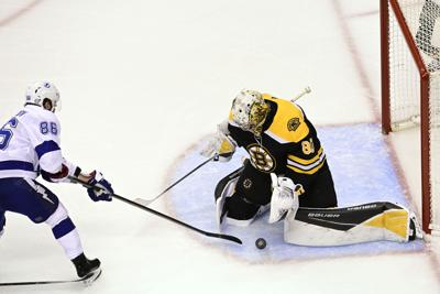 Phil Stacey column: Unacceptable effort from Bruins must be quickly rectified