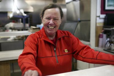 Ma Duke' to serve Thanksgiving meals to hundreds displaced in