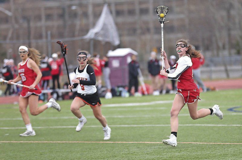 DRAWING THE LINE: Girls lacrosse rule change benefits local teams ...