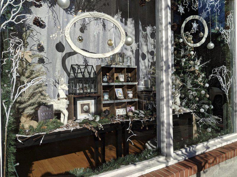 Best Decorated Windows In Salem Announced Local News Salemnews Com