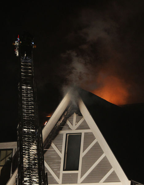 Fire at Eastern Yacht Club