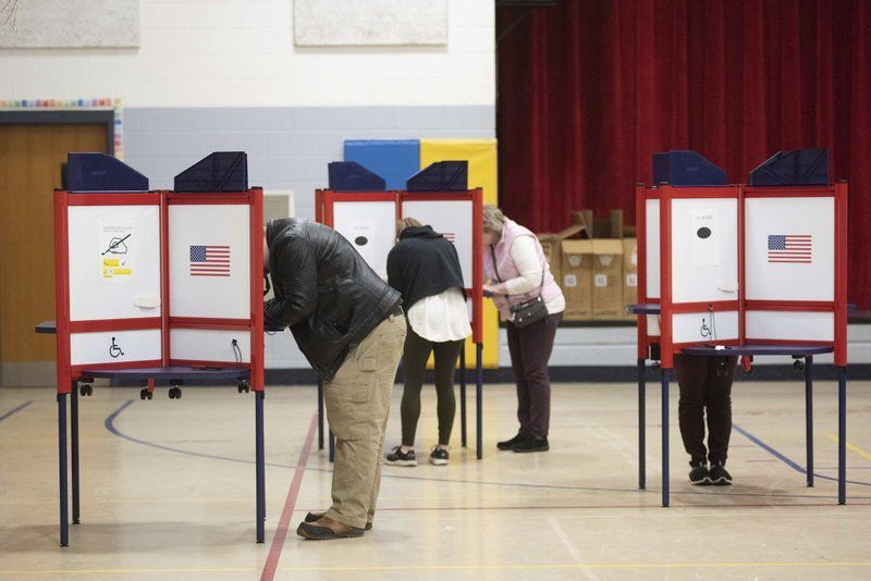 North Shore voters weigh in national race