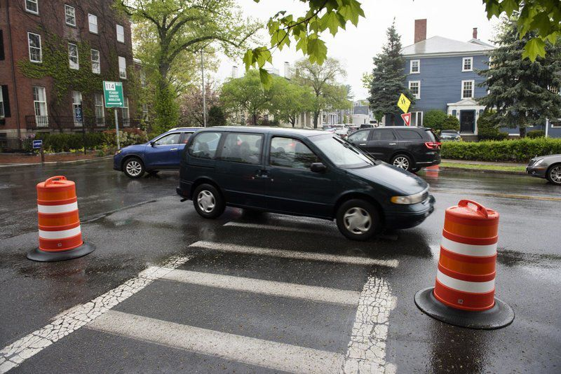 A two-month test run Traffic circle starts Monday for congested Salem intersection