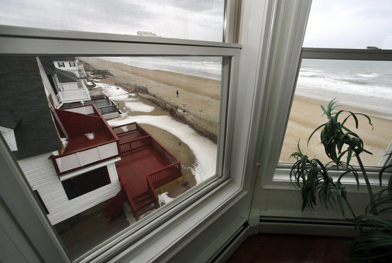 Is sea rise wrecking coastal home values? Maybe