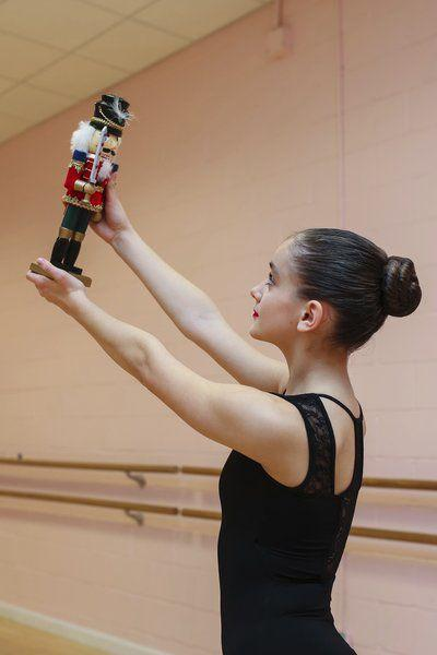 Salem dancer to play lead role in 'The Nutcracker'