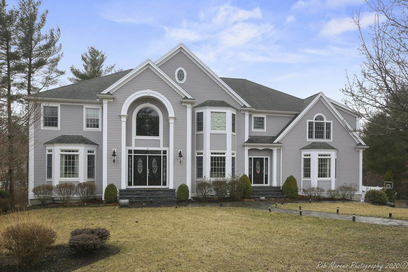 Middleton colonial takes style and grace to a whole new level