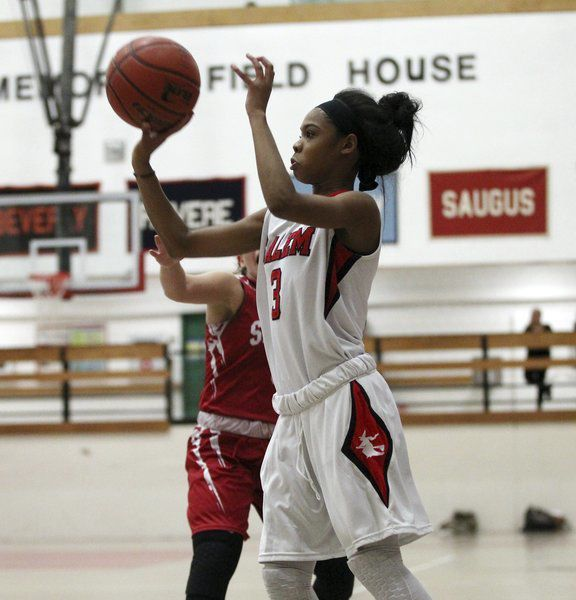Salem girls basketball hoping battle-tested new coaches give team a lift this winter