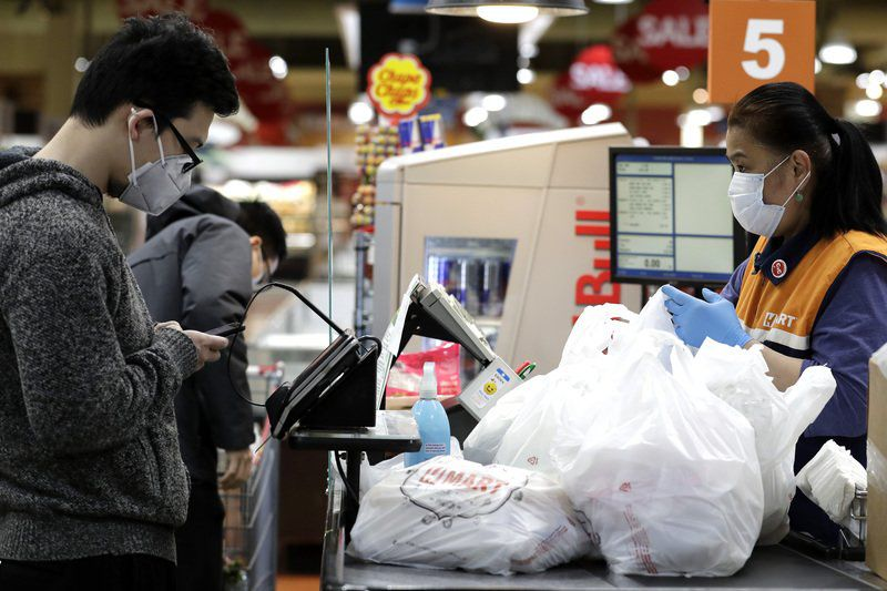 Groceries installing barriers amid outbreak