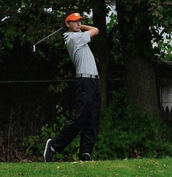 Beverly's Reed studying to become golf professional