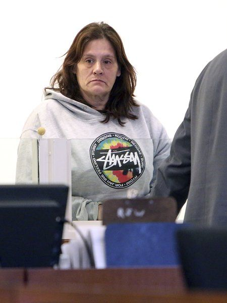 Grinch nabbed: Salem woman, lured by empty box, charged with stealing packages