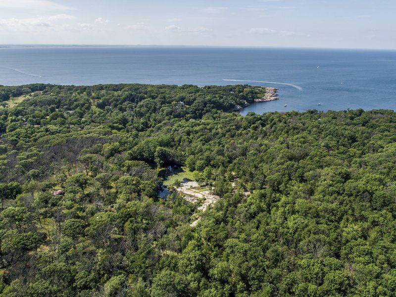 Rockport land offers a world of possibilities
