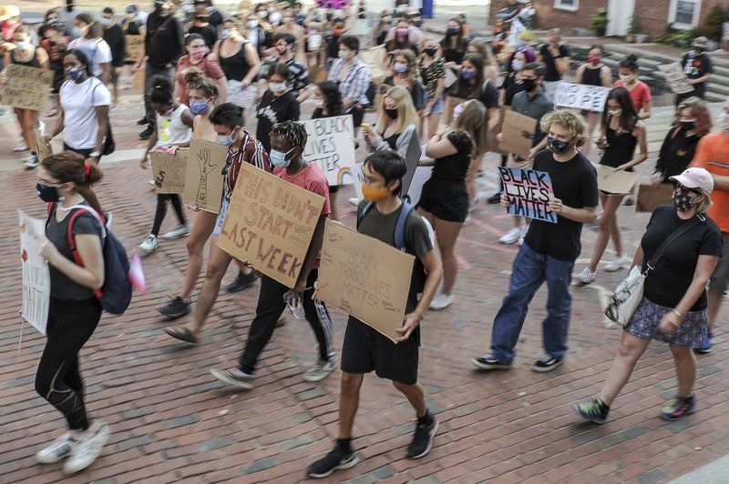 More than 100 protestors march through Salem, demand police defunding