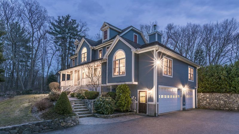 Stately Middleton colonial brings space and flexibility