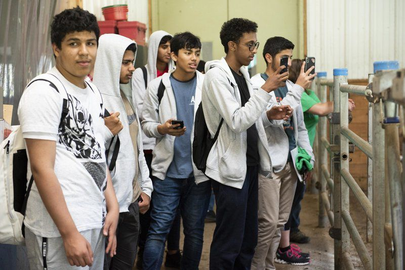 Arab teens visit Essex Tech