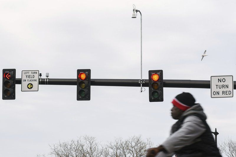 Cameras would watch for traffic scofflaws