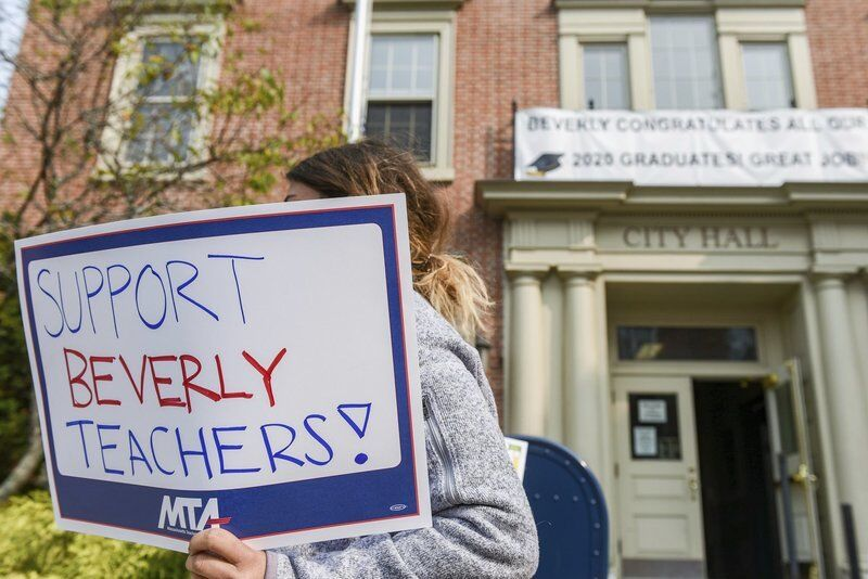 Teachers rally for contract, safety