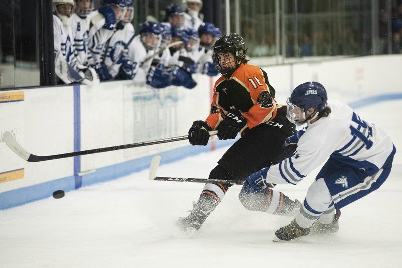 Cashing in on opportunities, Danvers hockey doubles up Beverly