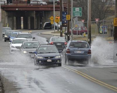 NOAA: Flood risk rising with high tides