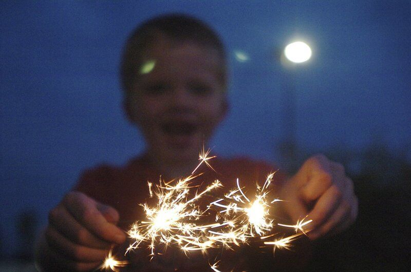 Hill says sparklers should be legalized