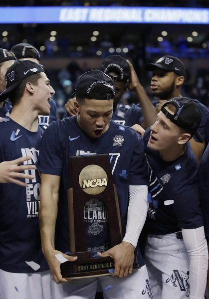 Brunson father-son bond obvious after Villanova's Elite Eight victory