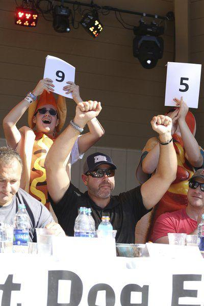 Danvers man wins hot dog eating crown
