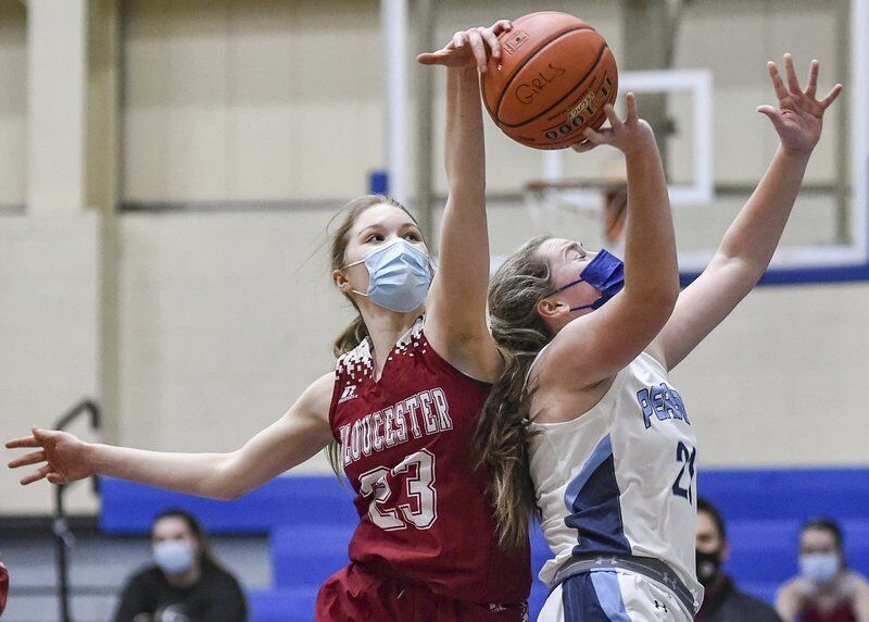 Peabody girls spread the wealth in opening night rout