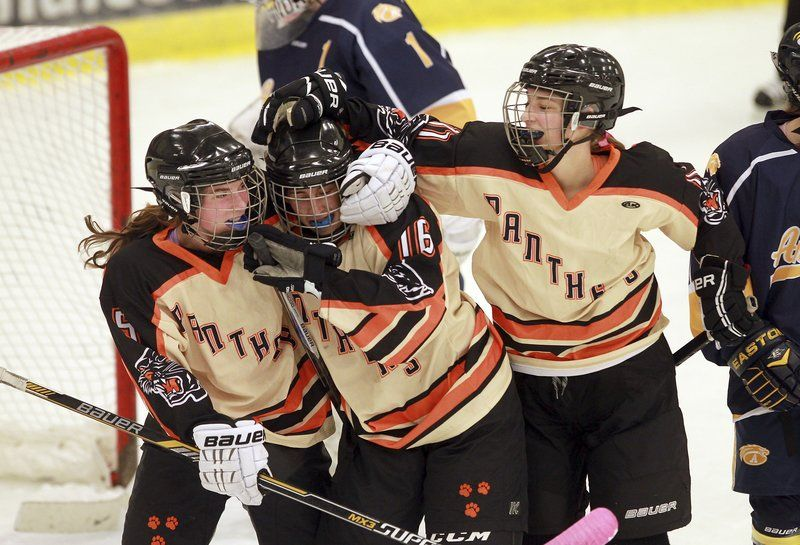 Beverly girls hockey rallies by Andover in game to honor Ritzer