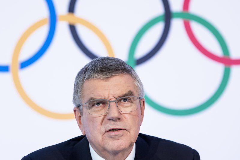 IOC looking at postponing Tokyo Olympics in 4 weeks of talks