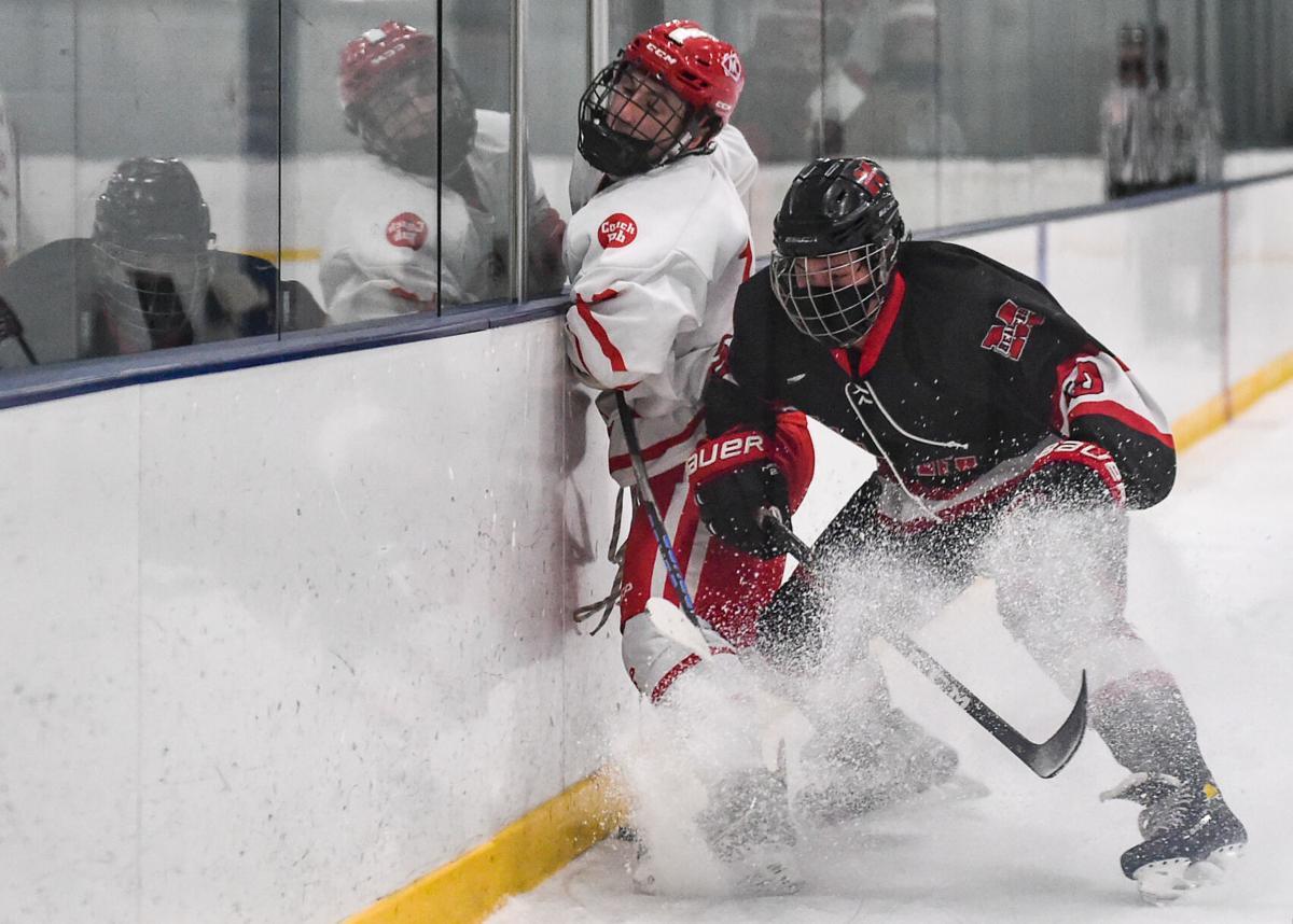 Marblehead vs. Masconomet boys varsity hockey game