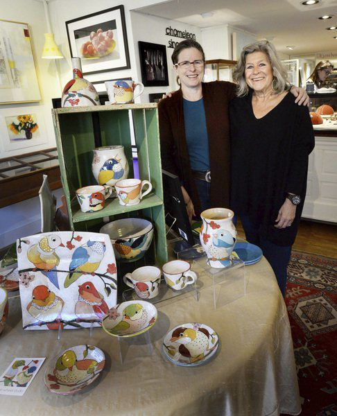 A colorful reunion: Former gallery co-owner organizes pop-up art show