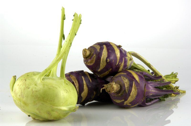 The flavors of fall: Beets and kohlrabi come to the table
